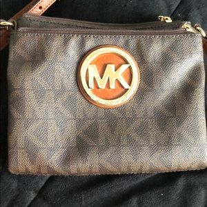 Michael Kors sling purse